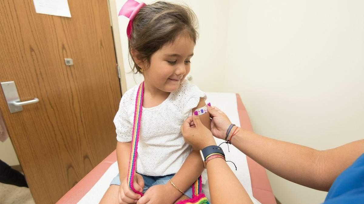 У Польщі проти коронавірусу вакцинуватимуть дітей