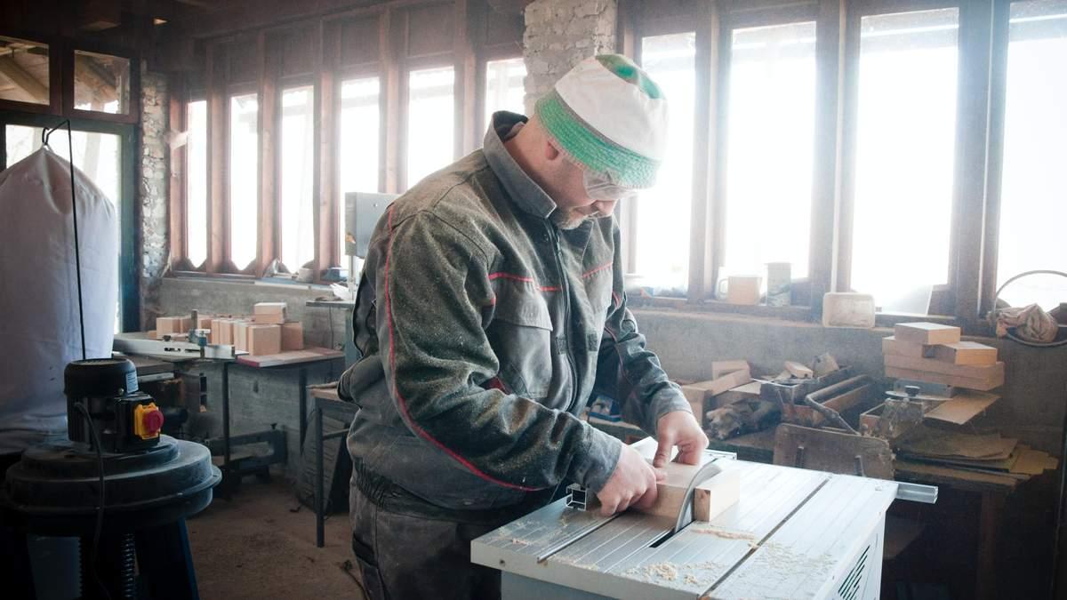Польща пропонує роботу українцям