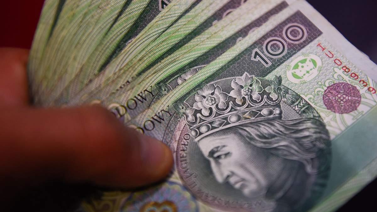 Середній рівень зарплат у Польщі
