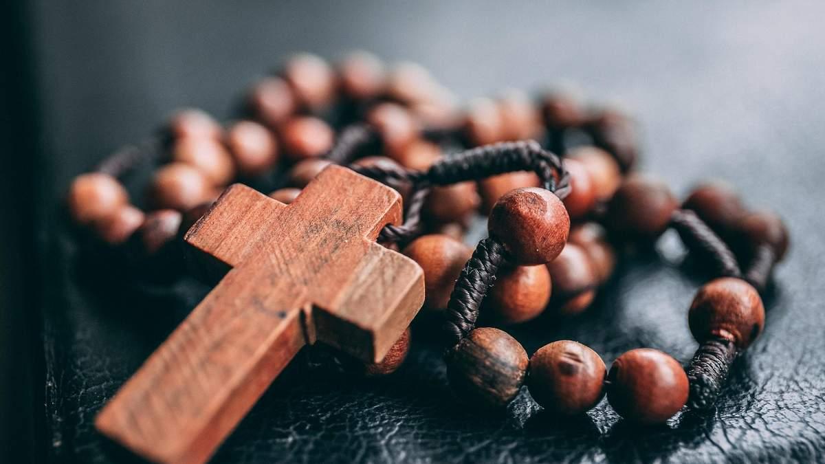 У Польщі засудили священника за образу українців
