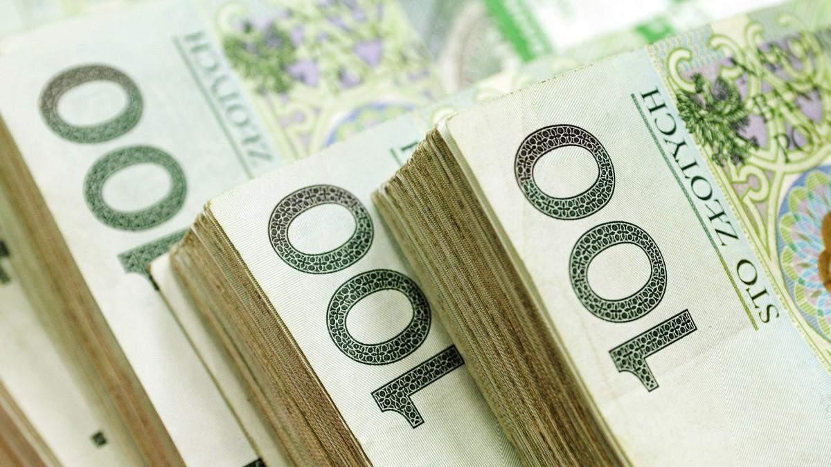 Насколько вырастут зарплаты в Польше в 2022 году