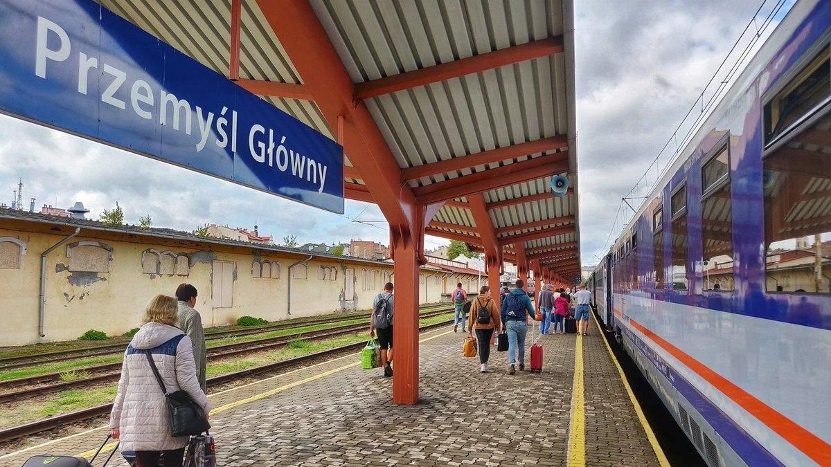 Залізничне сполучення України з Польщею невдовзі можуть відновити