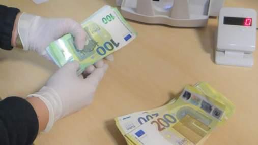 Когда денег слишком много: на польской границе задержали украинцев за перевозку наличных