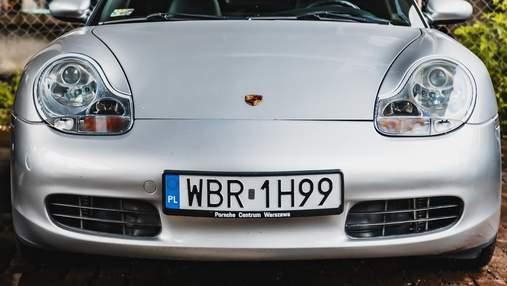 Для покупателей подержанных авто: номерные знаки в Польше больше не придется менять