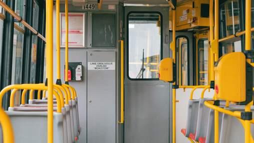 Громадський транспорт у Варшаві буде курсувати частіше