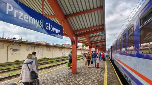 Поїзди між Україною та Польщею нарешті відновлять рух: новий проєкт польського уряду