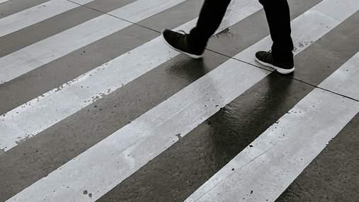 У Польщі неповнолітня місцева жителька збила українця на пішохідному переході